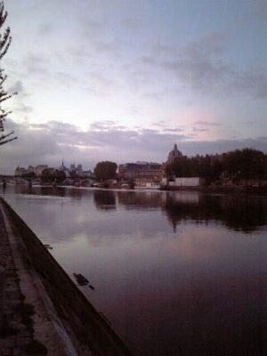 Jog_in_paris02